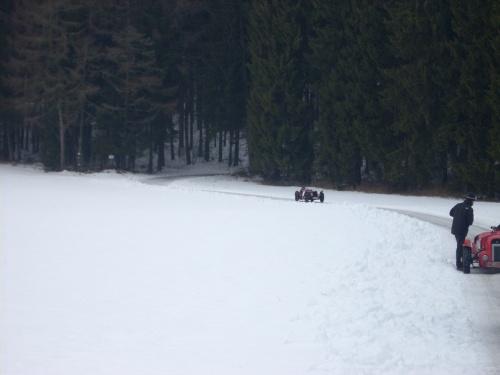 Riley Nine im Schnee