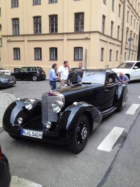 Mercedes-Autobahnkurier-540k-2