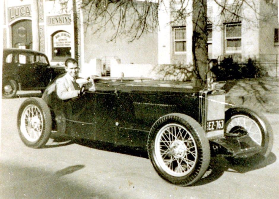 Frank Adams in seinem Fiat 509 Special von 1927