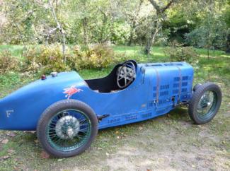 Quelle:http://m.carandclassic.co.uk/car/C670079