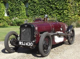 Quelle: http://www.ebay.co.uk/itm/1934-Austin-Seven-Ulster-Racing-/152292377418?hash=item237555434a:g:w8oAAOSwcLxYDeAu