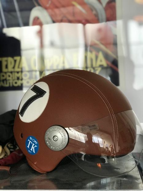 Helm(pflicht)