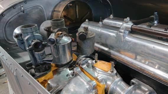 Testeinbau Vergaser Riley 2,5 Liter Moto