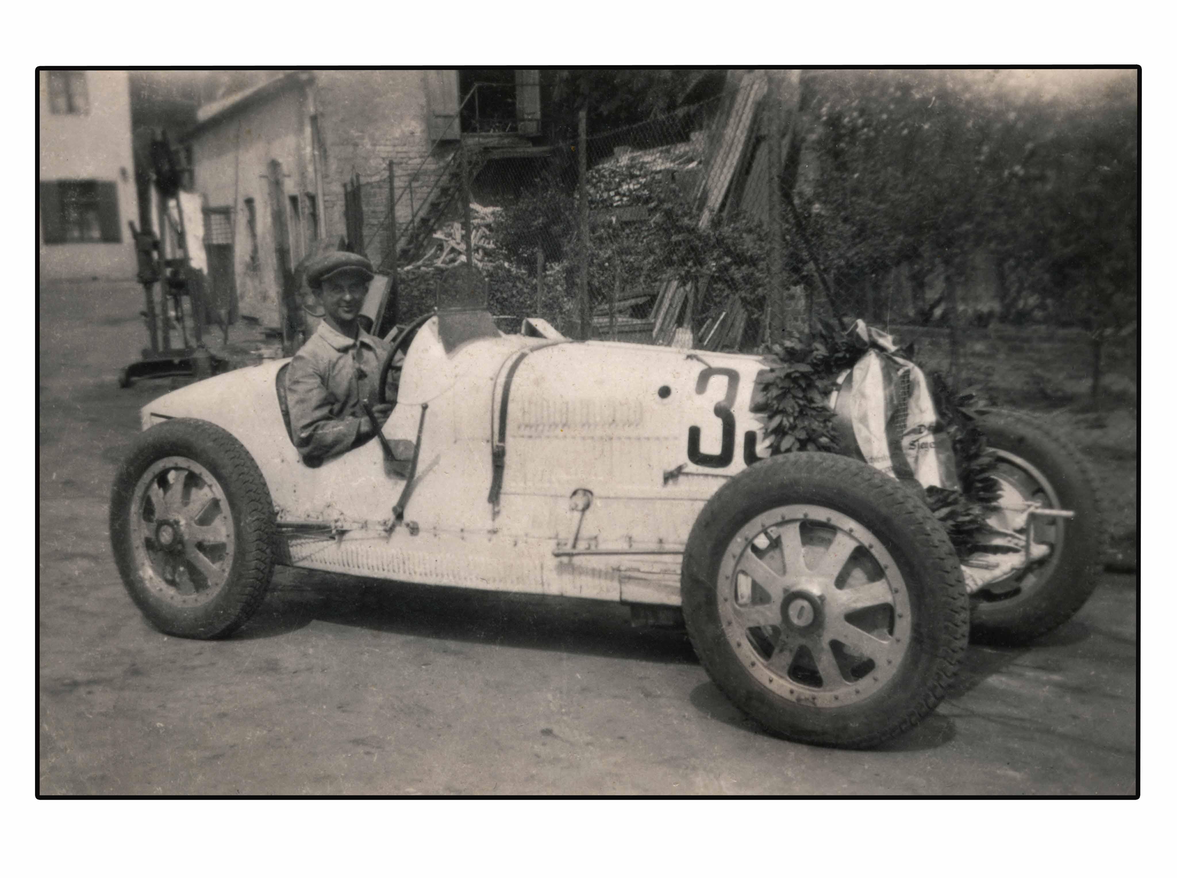 bugatti b35 weiss siegerkranz